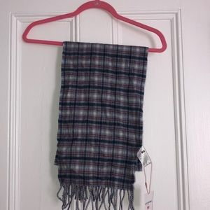 Accessories - Blue, Red and White scarf from Uniqlo